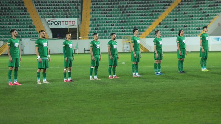 Akhisarspor'da yasak kalktı, 5 oyuncuya lisans çıktı
