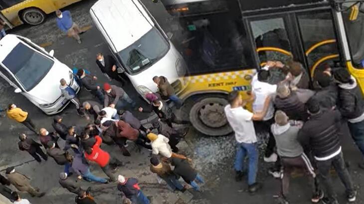 İstanbul'da dehşet anları! Otobüs şoförü ve oğlunu darp ettiler