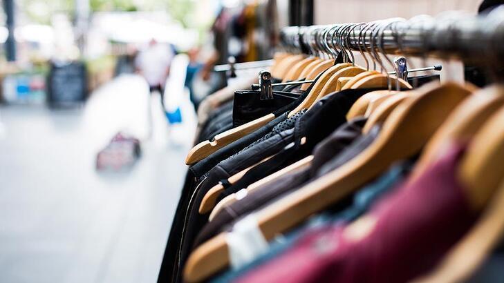 İngiltere'de hazır giyim satışlarında sert düşüş