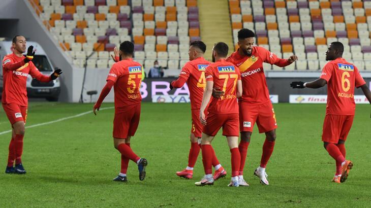 Yeni Malatyaspor'da futbolcular antrenmana çıkmadı