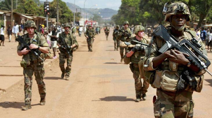 Orta Afrika Cumhuriyeti'nde BM'in silah ambargosu protesto edildi