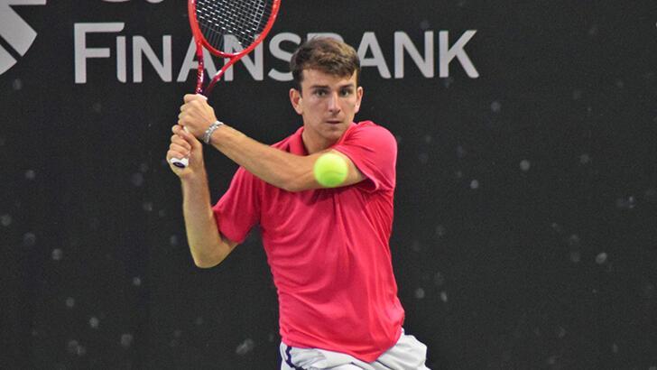 Milli tenisçi Ergi Kırkın çeyrek finalde elendi