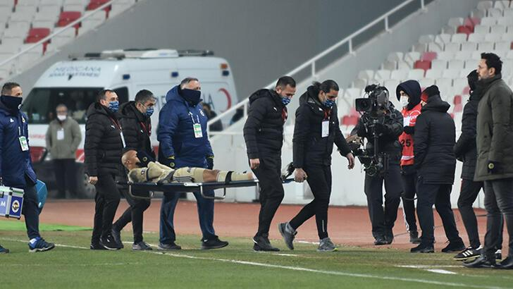 Son dakika - Fenerbahçe'de zorunlu değişiklik! Erol Bulut kararını verdi