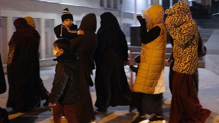 Kısıtlamayı ihlal eden yabancı kadınlar düğün dönüşü yakalandı!