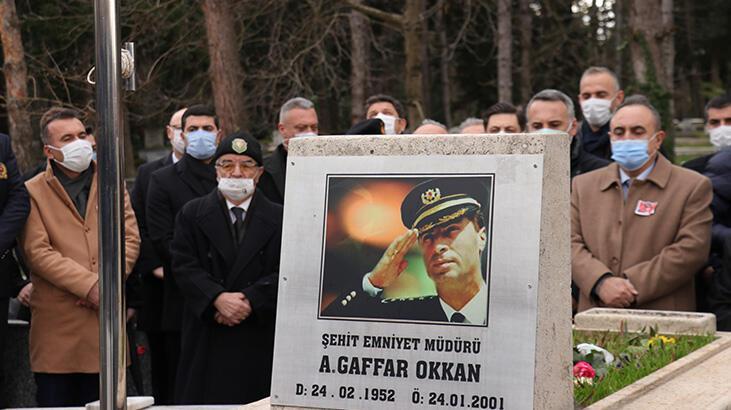 Şehit Emniyet Müdürü Ali Gaffar Okkan mezarı başında anıldı