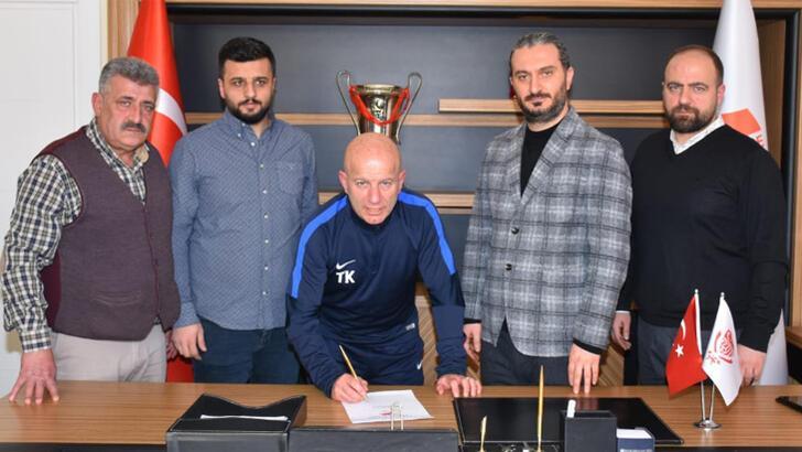Gümüşhanespor'da teknik direktör Tolgay Kerimoğlu imza attı
