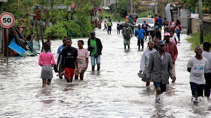 Binden fazla ev yıkıldı! Ülkede 'Eloise' felaketi