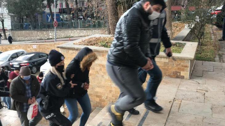 Bilecik'te fuhuş baskını! 2'si bayan, 8 kişi yakalandı