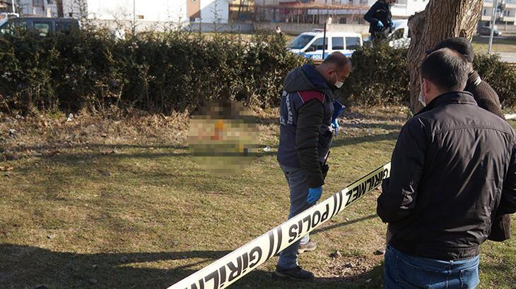 20 yaşındaki genç parkta ölü bulundu