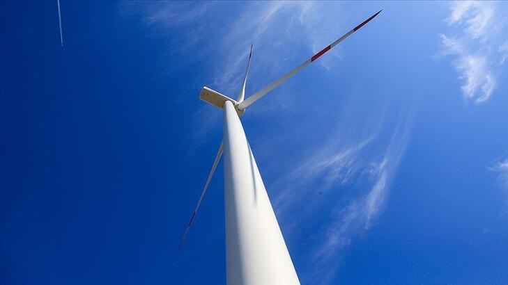 Yenilenebilir kaynaklar fosil yakıtları ilk kez geçti