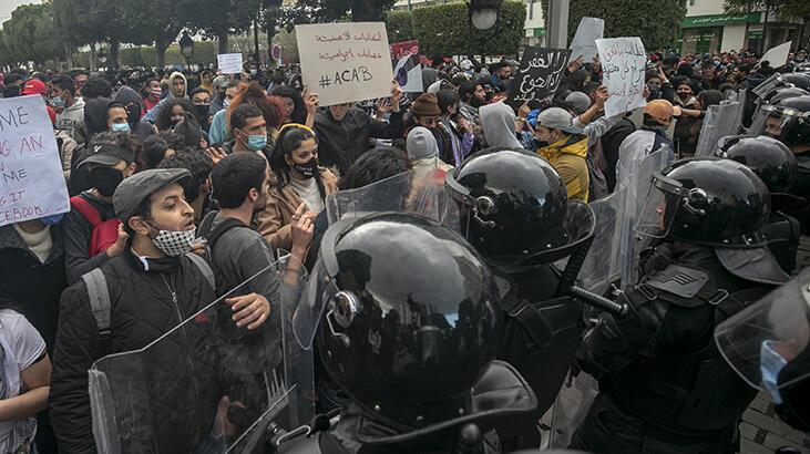 Tunus'ta gösterilerde gözaltına alınanların serbest bırakılması talebiyle eylem