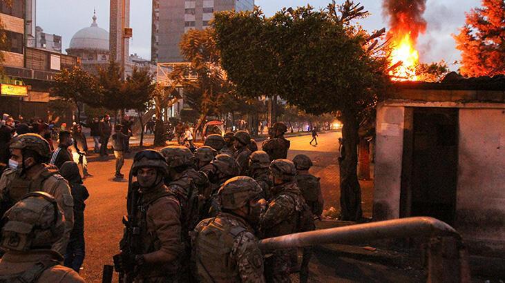Lübnan'da polis, ekonomik kriz ve karantina protestolarına müdahale etti