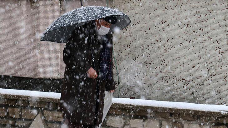 Son dakika... Meteoroloji uyarmıştı! İstanbul'da kar yağışı başladı