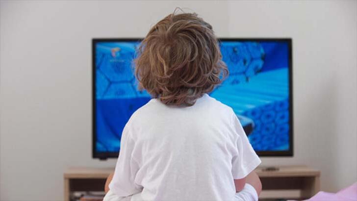 Çocuklar pandemide 7 saat ekrana maruz kalıyor!