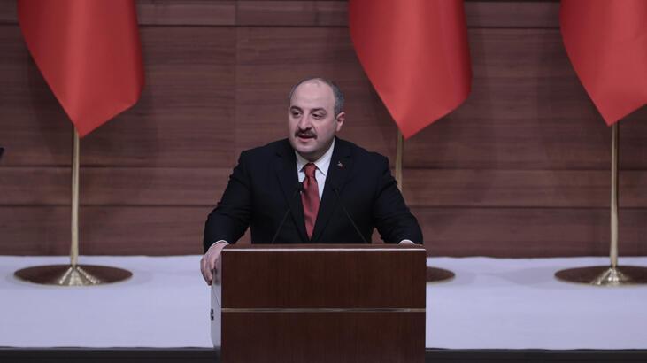 Bakan Varank: Türkiye kendi kendine yetebilmenin en güzel örneklerini verdi