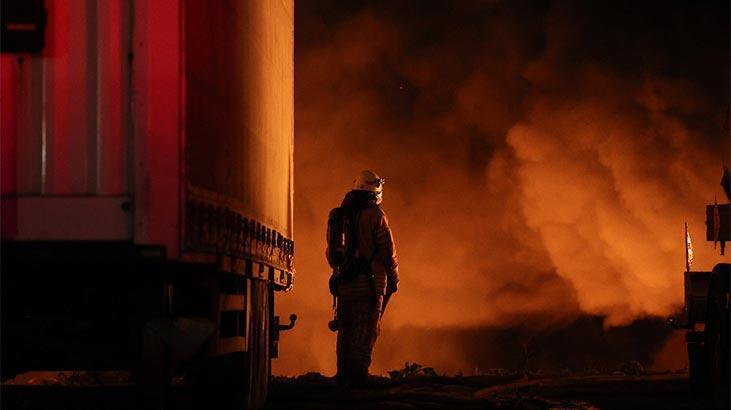 Son dakika! İstanbul'da fabrikada korkutan yangın