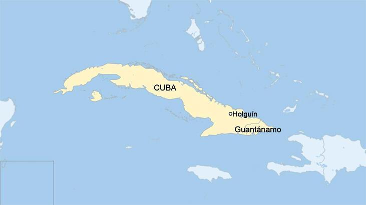 Küba'da askeri helikopter düştü