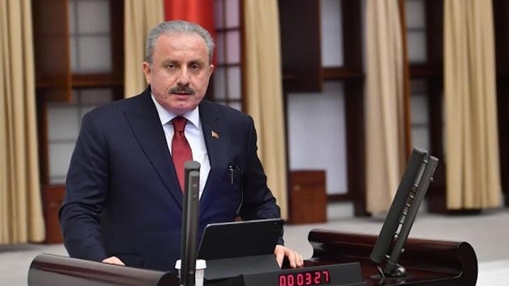 TBMM Başkanı Şentop, Boğaziçi Üniversitesi önünde Kabe fotoğrafının yere serilmesini kınadı