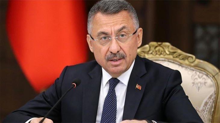 Cumhurbaşkanı Yardımcısı Oktay'dan Kabe fotoğrafının yere serilmesine tepki