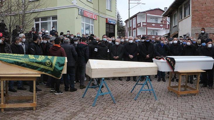 Son dakika... Anne, baba ve oğlunun öldüğü kazada cenazeler toprağa verildi