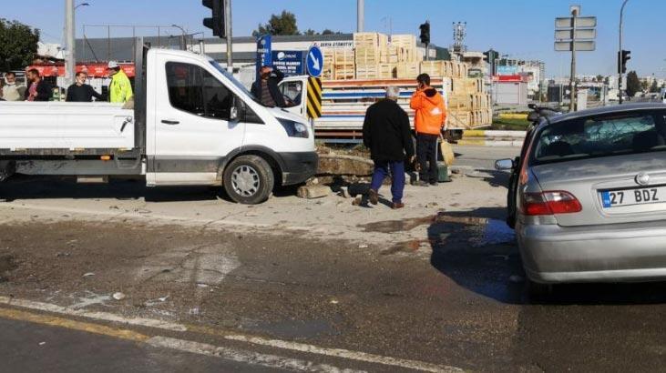 4 aracın karıştığı zincirleme kaza: 1 yaralı