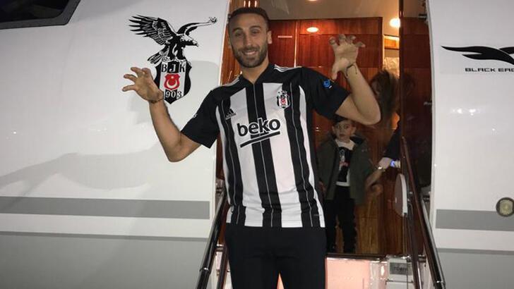 Son dakika - Cenk Tosun, Beşiktaş için yola çıktı