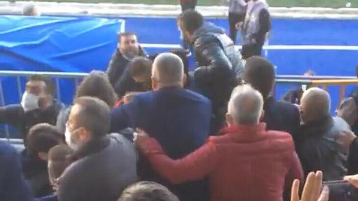 Eyüpspor - Sakaryaspor maçında olay