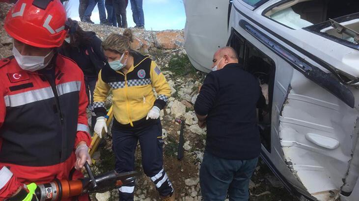 Muğla'da iki otomobil çarpıştı: 1'i ağır 3 yaralı