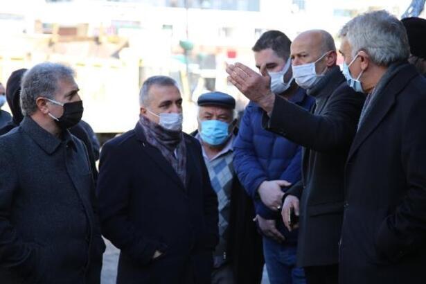 Başkan Çelik, yangında zarar gören esnafı ziyaret etti