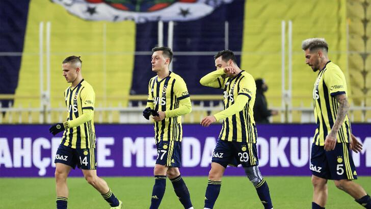 Fenerbahçe'de şubat kâbusu devam ediyor!