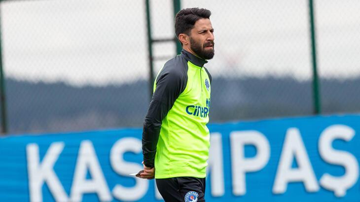 Kasımpaşa Teknik Direktörü Şenol Can'ın kendisi ve futbolcularına güveni tam
