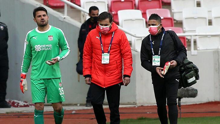 Son dakika - Sivasspor'dan Ali Şaşal Vural için sakatlık açıklaması!