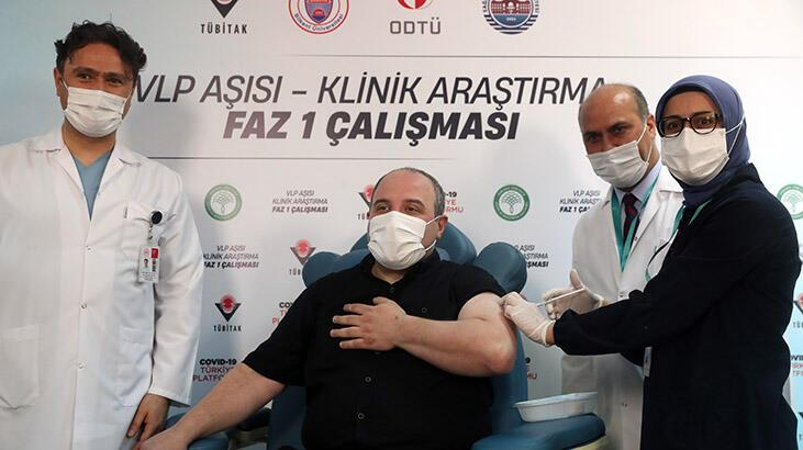 Son dakika! Dünyada sayılı Türkiye'de tek! Bakan Varank yerli aşı oldu