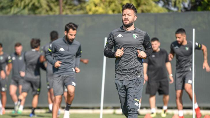 Süper Lig'de Denizlispor yarın Kayserispor'a konuk olacak