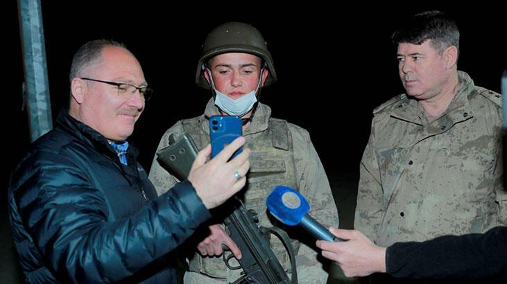 Cumhurbaşkanı Erdoğan'dan iftar yapan askerlere sürpriz!