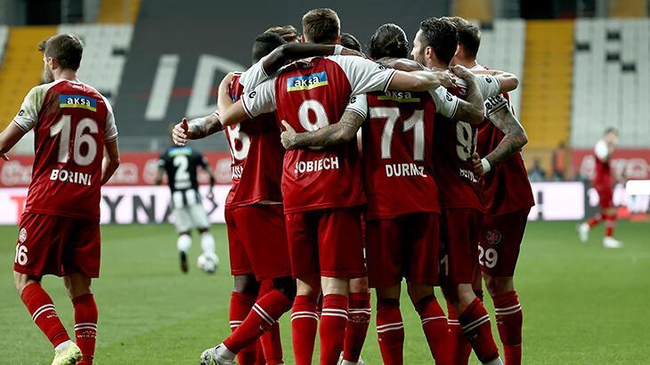 Fatih Karagümrük'te 10 futbolcunun sözleşmesi sona eriyor