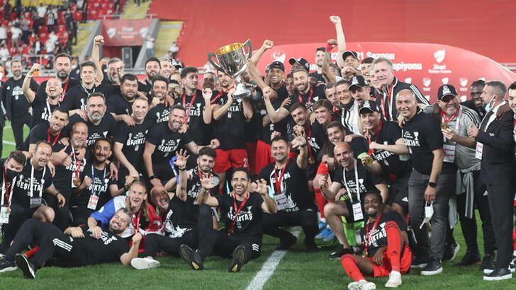 Son dakika haberi - Ziraat Türkiye Kupası, Antalyaspor'u 2-0 yenen Beşiktaş'ın!