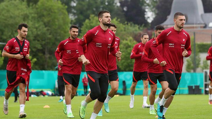 Son dakika - A Milli Takım, İtalya maçının hazırlıklarına devam etti
