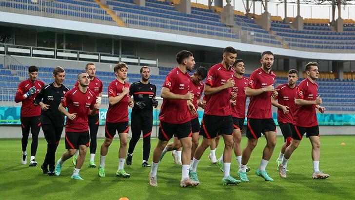 Son dakika - A Milli Takım İsviçre maçı hazırlıklarına başladı