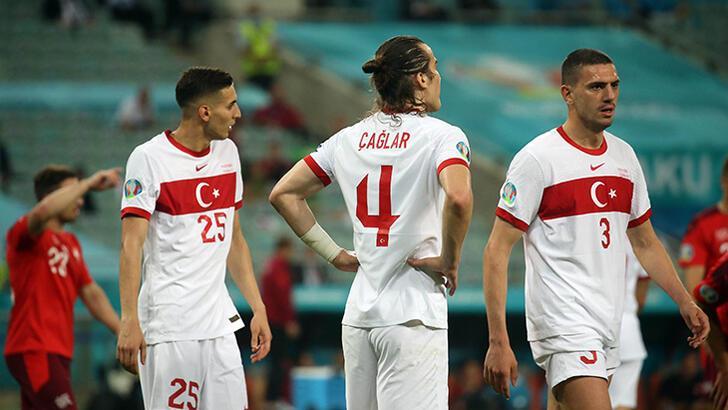 """Son dakika - İsviçre - Türkiye maçı sonrası canlı yayında konuştu! """"Bu takıma 1 ayda ne oldu?"""""""