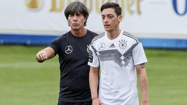 Löw'den Mesut Özil itirafı