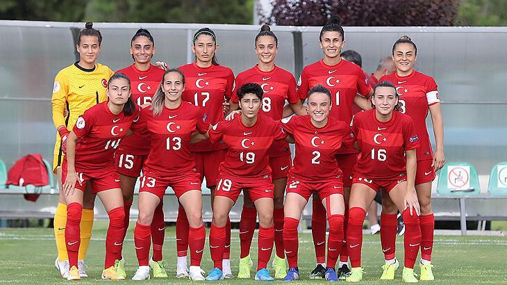 Kadın Milli Futbol Takımı'na yeni sponsor