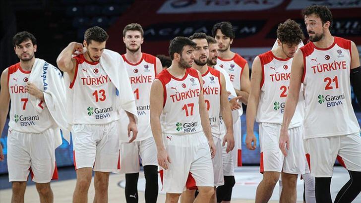 A Milli Erkek Basketbol Takımı yurda döndü