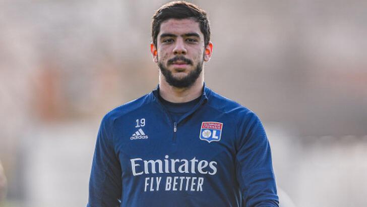 Son dakika - Lyon, Cenk Özkacar'ı Leuven'e kiraladı