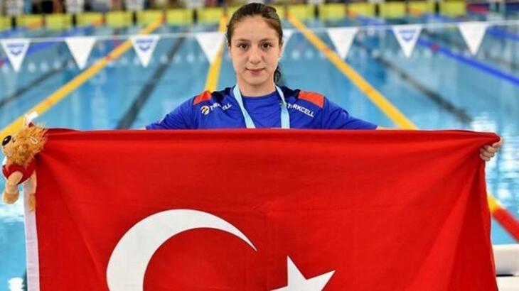 Milli yüzücü Merve Tuncel, Avrupa Gençler Şampiyonası'nda rekor kırdı