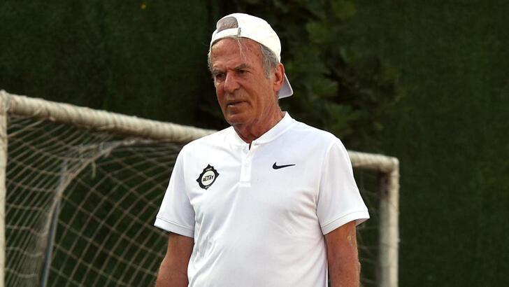 Mustafa Denizli'den iki oyuncuya veto