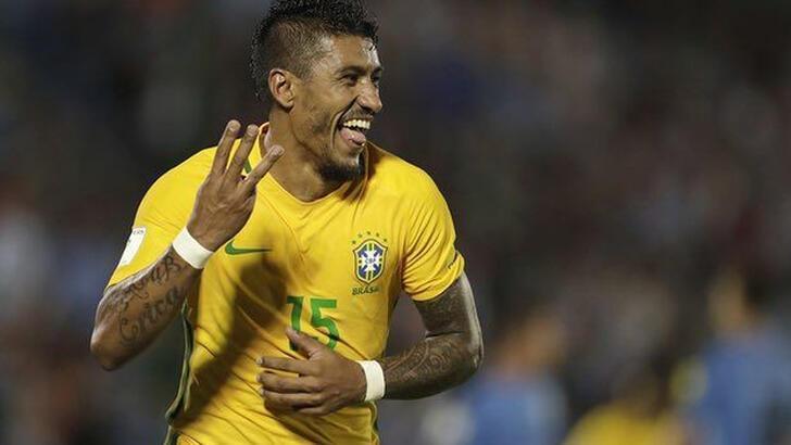 Fenerbahçe'nin gündemine gelen Paulinho, Al Ahli'ye imza attı