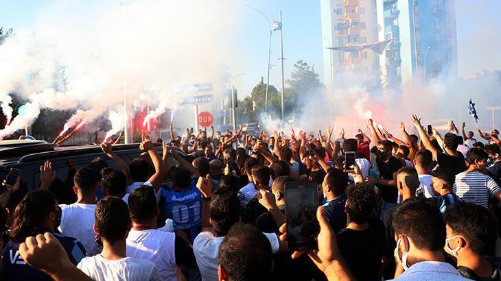 Adana'da Mario Balotelli yoğunluğu! Taraftarların ilgisi büyük oldu