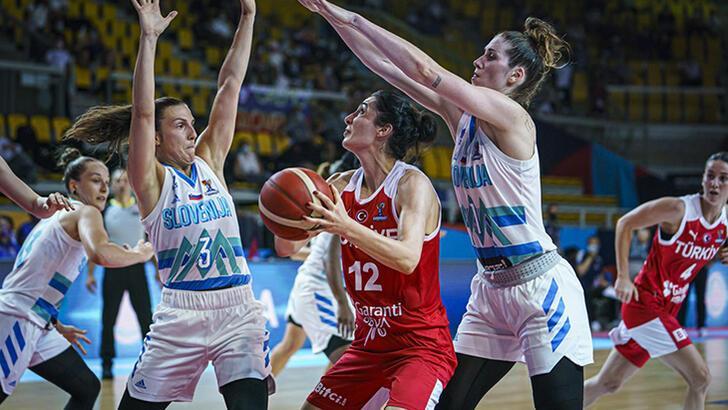 A Milli Kadın Basketbol Takımı, dünya sıralamasında üç basamak  geriledi