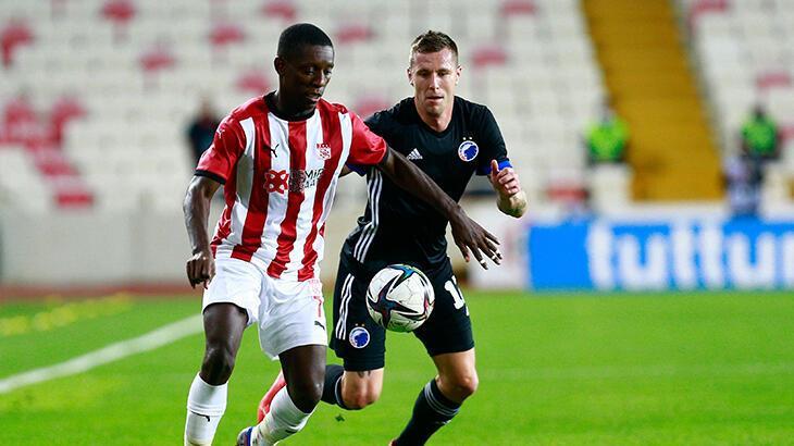 Sivasspor, UEFA Avrupa Konferans Ligi'nde tur şansını rövanş maçına bıraktı